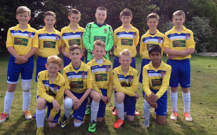 Staines Town get new kit